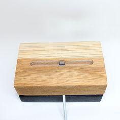 Dock recharge iPhone en bois et marbre, moderne et design Made in France