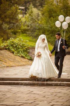 Bridal Hijab, Muslim Wedding Dresses, Muslim Brides, Wedding Hijab, Muslim Couples, Foto Wedding, Wedding Photos, Muslim Photos, Arab Bride