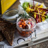 Irány a Yellow Bistro & Bar! Vegetables, Food, Veggies, Veggie Food, Meals, Vegetable Recipes, Yemek, Eten