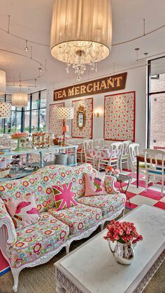 Shabby chic cafe design