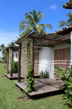 Um terreno de 15mil m² à beira mar, na praia da Laje em Alagoas, é o cenário do projeto de duas charmosas casas, assinado pelasarquitetas Maira Del Nero e Symonne Da Fonte. As Casotas da Laje, com…