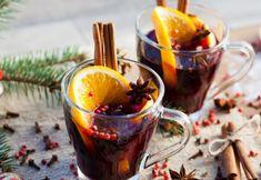 Hřejivý domácí staročeský svařák Mulled Wine, Moscow Mule Mugs, Food And Drink, Treats, Tableware, Grill, Instagram, Winter Time, Sweet Like Candy