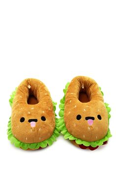 Style Deals - A pair of house slippers featuring a hamburger design, lettuce and tomato ruffles, and an embroidered face.