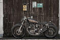 Black Cafe Racer