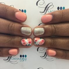 More fun florals! Also I have two openings for gel or one acrylic opening tomorrow! These are some of my last openings before I go out of town August 14th! Text me to grab them! 801-369-0342 First come first serve! #nails #gelnails #nailstagram #lacqueredloft #oremnails #utahcountynails #handpaintednailart #nailart