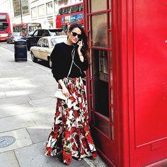 Today's ❤️ #LookDaMamita #HappyMothersDay #london #LoveIsAllWeNeed #ootd   saia @dolcegabbana Sweater @zara_worldwide Bolsa Micro @fendi