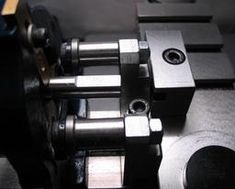 Picture Gear Train, Metal Working Tools, Knife Block, Projects To Try, Workshop, Tools, Atelier, Work Shop Garage, Bevel Gear