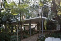 articles/Artists and architects pay homage to Brazilian Modernist