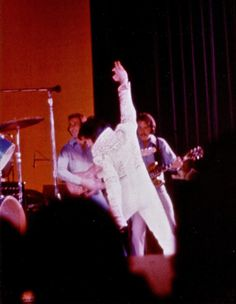 Elvis on stage at the Las Vegas Hilton january or february 1973.