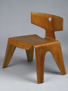 Child's chair, ca. 1946  Charles Eames (American, 1907–1978); Ray Eames (American, 1912–1988); manufactured by Herman Miller Furniture Company, Zeeland, Michigan  Molded plywood