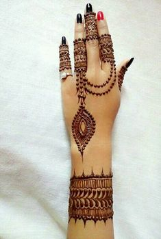 Explore latest Mehndi Designs images in 2019 on Happy Shappy. Mehendi design is also known as the heena design or henna patterns worldwide. We are here with the best mehndi designs images from worldwide. Modern Mehndi Designs, Mehndi Designs For Girls, Mehndi Design Images, Mehndi Designs For Fingers, Henna Designs Easy, Beautiful Mehndi Design, Henna Tattoo Designs, Bridal Mehndi Designs, Mehandi Designs