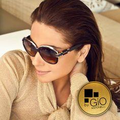 2c525d9228b66 Giovanna Antonelli - brazilian actress Oculos Triton