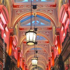 Royal Arcade, Old Bond St #ldn #london #uk #igersuk #ig_london #londoners #instalondon #igerslondon #londonlife #londres #londra #thisislondon #londoners   #londoner #wanderlust #viaje #reise #travel #instapassport #viagem #voyage #architecture #architexture #archi #traveler #traveling #ilovelondon #igtravel #travelblog #travelgram #instaarchitecture #archilover #archigram #traveller #travelling #travellers #instatraveling #london_only facebook.com/LondonNewsflash…