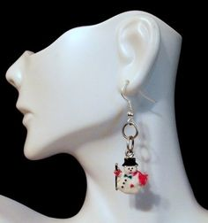 Snowman Christmas Dangle Earrings by Culbertscreations on Etsy, $8.00