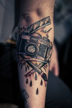 Tattoo by Fabian Nitz Rose of No Mans Land Berlin Germany K Tattoo, Pin Up Tattoos, Rose Tattoos, Color Tattoo, Tatoos, Cool Tattoos For Guys, Badass Tattoos, Great Tattoos, Beautiful Tattoos