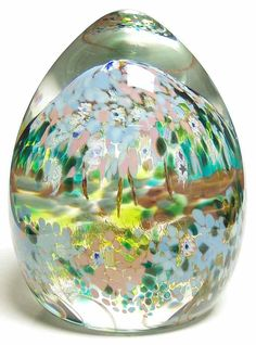 Entertain, gather, and turn your house into a home that's undeniably yours with the Caithness Paperweight Babylon - Boxed by Caithness. Caithness Glass, Blown Glass Art, World War One, Glass Paperweights, Marbles, Paper Weights, Snow Globes, Antiques, Floral