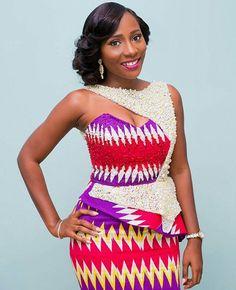 Photo Credit: Paa Kofi Hazel (https://www.instagram.com/pkhazel/) Dress: Pistis Ghana (http://allthingsammamama.com/2016/01/kente-brides-pistis-gh/)