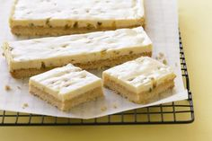 Passionfruit Slice - This yummy kid-friendly treat has a crumbly coconut base and a creamy, tangy topping. Passionfruit Slice, Passionfruit Recipes, No Bake Slices, Cake Slices, Coconut Slice, Lemon Slice, Jelly Slice, Chocolate Slice, Biscuits