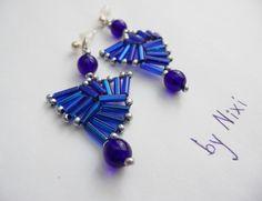 """Náušnice """"Vějířky"""" Elegantní korálkové nášunice v modré barvě Rozměry: 4 x 2 cm"""