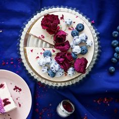 Blackcurrant is one of my all time favourite berries thanks to the strong flavour suited for so many different treats and cakes. This cake is a combination of powerful blackcurrants, creamy filling, and soft jam. Raw Dessert Recipes, Raw Desserts, Raw Food Recipes, Cake Recipes, Raw Cake, Raw Chocolate, Healthy Cake, English Food, Nice Cream