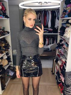 Pvc Skirt, Mini Skirt Dress, Mini Skirts, Black Leather Skirts, Leather Dresses, Rock Outfits, Night Outfits, Thigh High Leggings, Nylons And Pantyhose