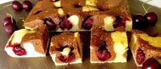 Maślane ciasto z wiśniami - Blog z apetytem French Toast, Muffin, Pie, Blog, Breakfast, Torte, Morning Coffee, Cake, Fruit Cakes