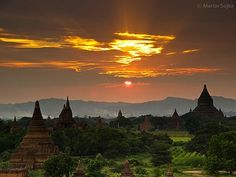 Bagan Myanmar 40 Places To See Before You Die - The Travel Bucket List - iDidAFunny