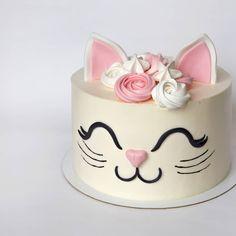 cat cakes birthday - cat cake - cat cakes birthday - cat cakes for kids - cat cake for cats - cat cake ideas - cat cake pops - cat cake topper - cat cake easy Toddler Birthday Cakes, Birthday Cake For Cat, Birthday Kitty, Birthday Ideas, Kitten Cake, Animal Cakes, Birthday Cake Decorating, Girl Cakes, Pretty Cakes