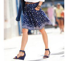 Sukňa s potlačou | vypredaj-zlavy.sk #vypredajzlavy #vypredajzlavysk #vypredajzlavy_sk #sako #sukne #vyprodej #slevy Lace Skirt, Skirts, Fashion, Moda, Fashion Styles, Skirt, Fasion, Skirt Outfits