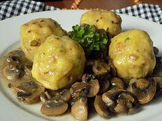 Bramborové knedlíky s klobásou Baked Potato, Menu, Potatoes, Lunch, Chicken, Baking, Ethnic Recipes, Food, Menu Board Design