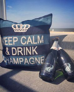 More bubbles = less troubles! Check our amazing KEEP CALM collection at @siestabeachknokke 🌴🍸#fshomecollections #keepcalmand____ #collection #lovely #happy #colourful #summer #weather #sunny #holiday #knokke #cushions #quality #wholesale #worldwideshipping #cocktails #champagne #beach