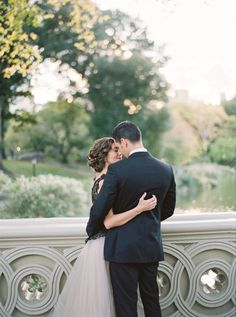 Romantic Central Park anniversary session: http://www.stylemepretty.com/2016/01/31/marriage-matters-central-park-anniversary/ | Photography: Julie Paisley - http://juliepaisleyphotography.com/
