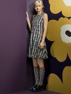 Marimekko Morro dress and Muku knee socks. The Style Council, Marimekko Fabric, Runway Fashion, Womens Fashion, Summer Dresses, Formal Dresses, Wearable Art, Beautiful Dresses, Autumn Fashion