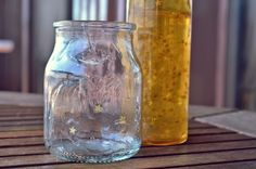 Cómo hacer velas recicladas sin tener que derretirlas ni usar moldes | Aprender manualidades es facilisimo.com
