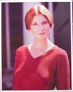 Annette O'Toole Aka Martha Kent (Smallville Sexiest) Annette O'toole, Beverly Marsh, Good Looking Women, Smallville, Redheads, Superman, How To Look Better, Guys, Photography Poses