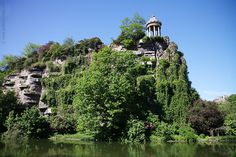 Parc aux buttes Chaumont - the most amazing parc in Paris. The best ? You have a crazy view of the roof of Paris at the top