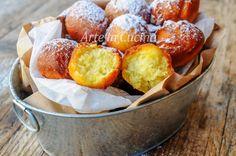Arrubiolus dolci sardi alla ricotta ricetta veloce, tipica del Carnevale, dolci fritti.