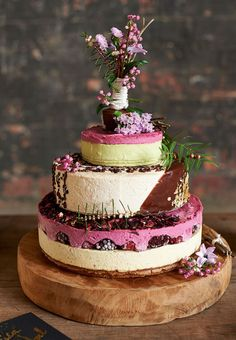 Organic cake from Natural Harry