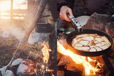 'Muurikkapannulettuja', the Finnish name on these crepes, but in this case without the original larger Muurikka pan | Crepes by the fire.