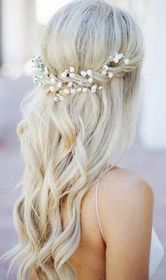 Check out the top most beautiful wedding hairstyles - Frisuren Hochzeitsgast Vintage Wedding Hair, Wedding Updo, Wedding Songs, Wedding Bride, Curled Hairstyles, Diy Hairstyles, Hairstyle Ideas, Bridal Hairstyles, Hairstyle Short