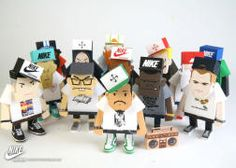 paper toy hiphop