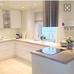 Exceptional modern kitchen room are available on our internet site. Home Kitchens, Kitchen Design, Kitchen Inspirations, Kitchen Decor, Modern Kitchen, Kitchen Interior, Home Decor, Kitchen Style, House Interior