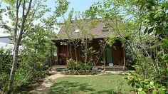 雑木の庭 Ina Garden, Green Garden, Home And Garden, House In Nature, Garden Items, Historical Architecture, Farm Gardens, Building A House, Gazebo