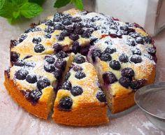 Szefowa w swojej kuchni. Baking Recipes, Cake Recipes, Polish Recipes, Polish Food, Apple Cake, Love Cake, Sweet Life, Tortellini, Macarons