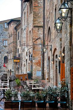 San Gimignano/Siena, Italy CLICK THE PIC and Learn how you can EARN MONEY while still having fun on Pinterest
