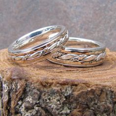 Hey, I found this really awesome Etsy listing at https://www.etsy.com/listing/225976583/inlayed-matching-wedding-band-set-of