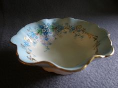 """Luken Studio Hand Painted """"Forget-Me-Not"""" Pattern Round from brysantiques on Ruby Lane"""