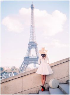Paris photographer www.lesecretdaudrey.com Eiffel Tower Louboutin engagement photographer in Paris wedding and elopement