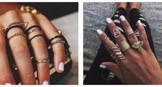 Anelli donna  Gli anelli d'oro con pietre e cristalli in stile boho saranno la scelta perfetta per gli appassionati dello stile etnico. L'attenzione è rivolta alle forme geometriche grandi e non convenzionali, proprio come nel 2016. Si ritroveranno anche i set di 4 o 5 anelli, ma non si tratterà più di gioielli sottili ed eleganti, bensì di modelli più grandi.