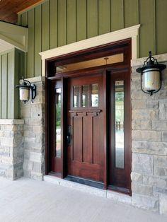 LOVE this front door! | Antique Home Design